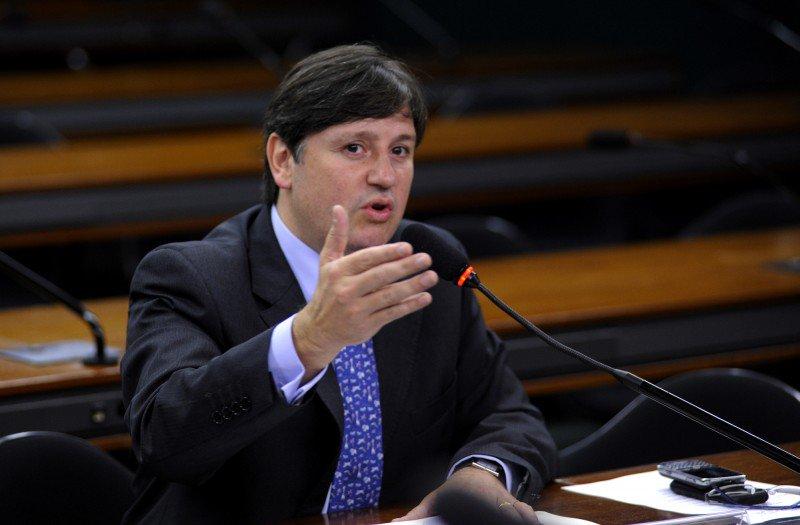 Defesa de Loures pede que ex-deputado deixe a carceragem da PF https://t.co/nvdn3p3MBt (📷Janine Moraes/Câmara dos Deputados)