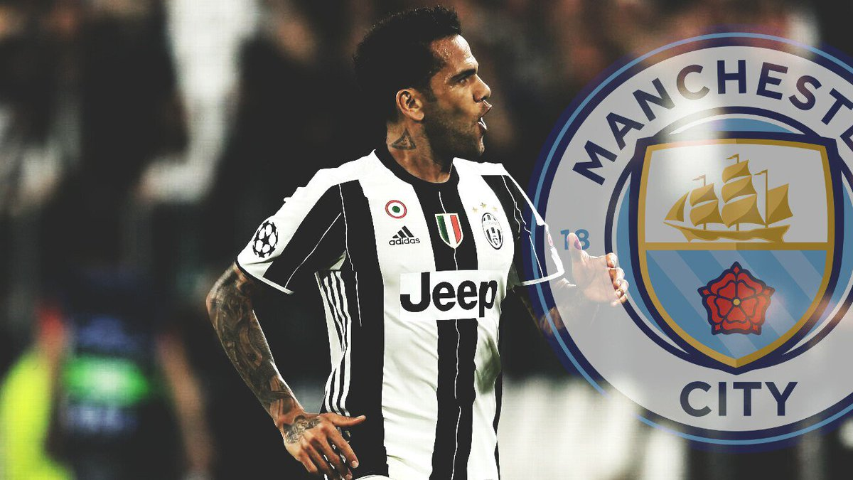 Video Higuain saluta Dani Alves in partenza dalla Juventus al Manchester City