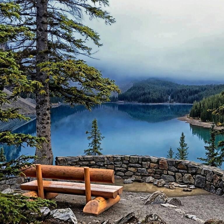 #SundayFunday TWorld🌐 💝 Enjoy your day off 😘 📷 Moraine Lake, Alberta,...