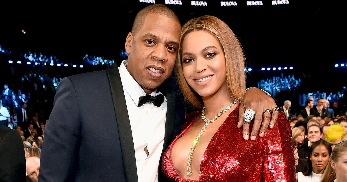 BREAKING: Beyoncé gives birth, welcomes twins with Jay Z! https://t.co/1my21SrTHG
