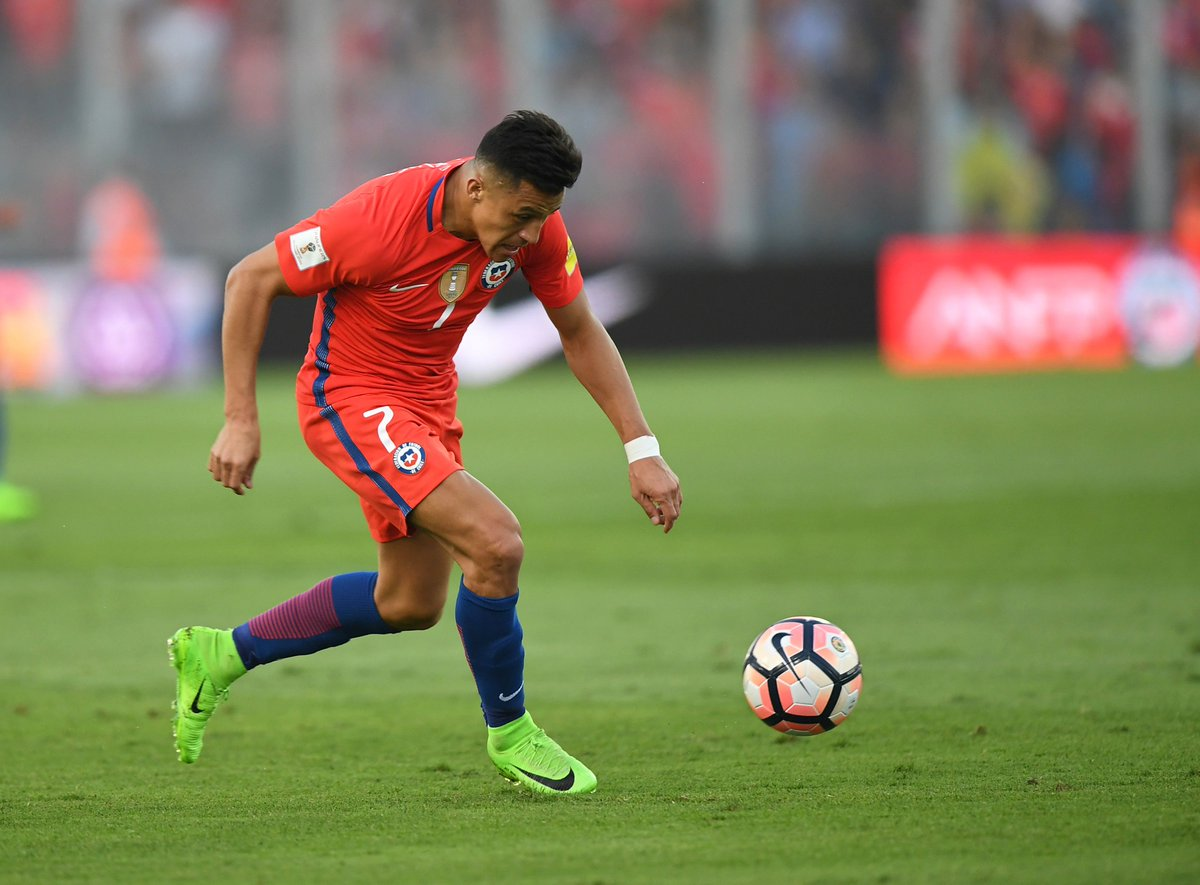 🇨🇱 @LaRoja take on 🇨🇲 in the Confederations Cup at 7pm (UK time) today  Good luck, @Alexis_Sanchez