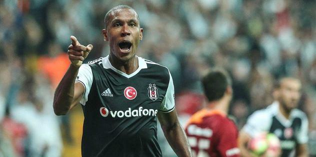 #Marcelo yuvadan uçuyor -  http:// go.turkiyemillitakimi.com/1je     #SüperLigHaberleri #Beşiktaş #Lyon pic.twitter.com/qEY74oofU1