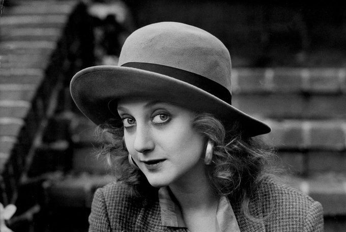 Happy birthday to a fabulous scene-stealer of the big and small screens, two-time Emmy-winner Carol Kane!