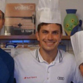 Meet #Chef Nino, for hire to #cook #BBQ &amp; European &amp; French #cuisines ! For him, #cooking is the #flavor of life !&gt; http:// ow.ly/2WwM30cvNEi  &nbsp;  <br>http://pic.twitter.com/eMZsAvCXVv