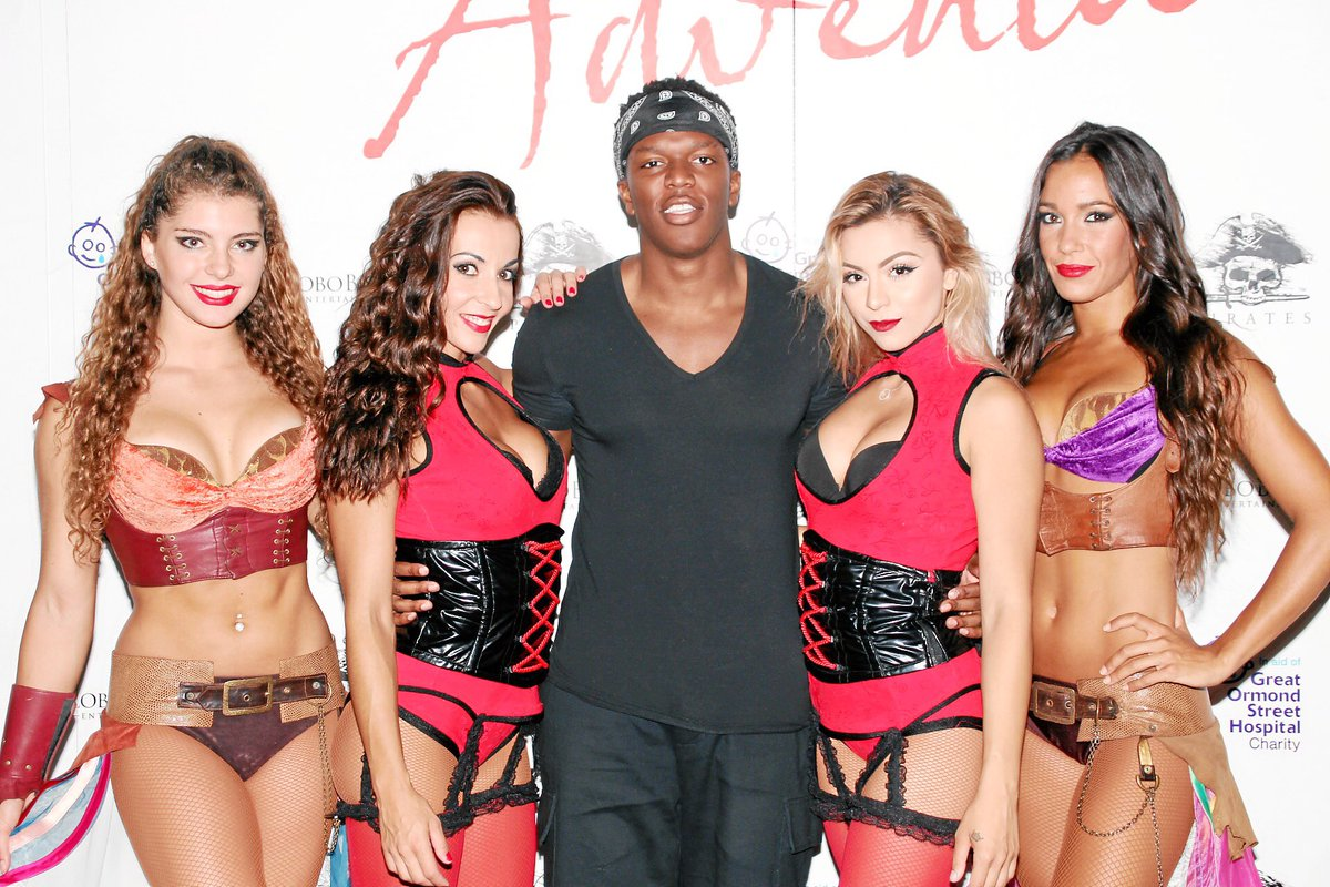 #Youtuber &amp; Rapper @KSIOlajidebt at last nights #Reloaded #magaluf #mallorca<br>http://pic.twitter.com/PzIfqvLZXd