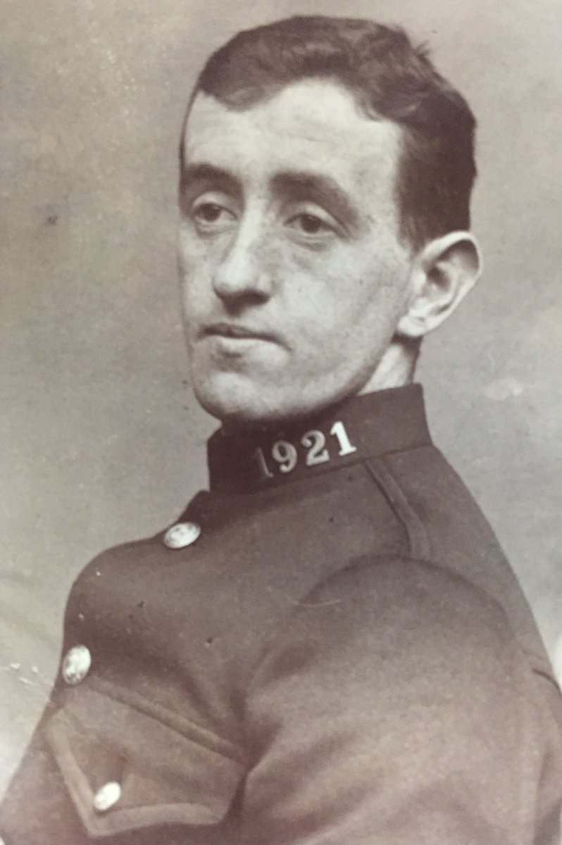 PC 1921 Leonard Alker of @LancsPolice @BlackburnPolice killed on this day in 1917 serving with the @Proud_Sappers near #Arras #WW1<br>http://pic.twitter.com/zzyfAp7PXQ