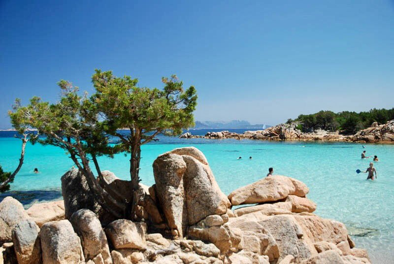#CostaSmeralda the most glamour destination in #Sardinia, here have a look to #Capriccioli beach, wonderful place. #Italy #Sardegna <br>http://pic.twitter.com/FySmmnUWtn