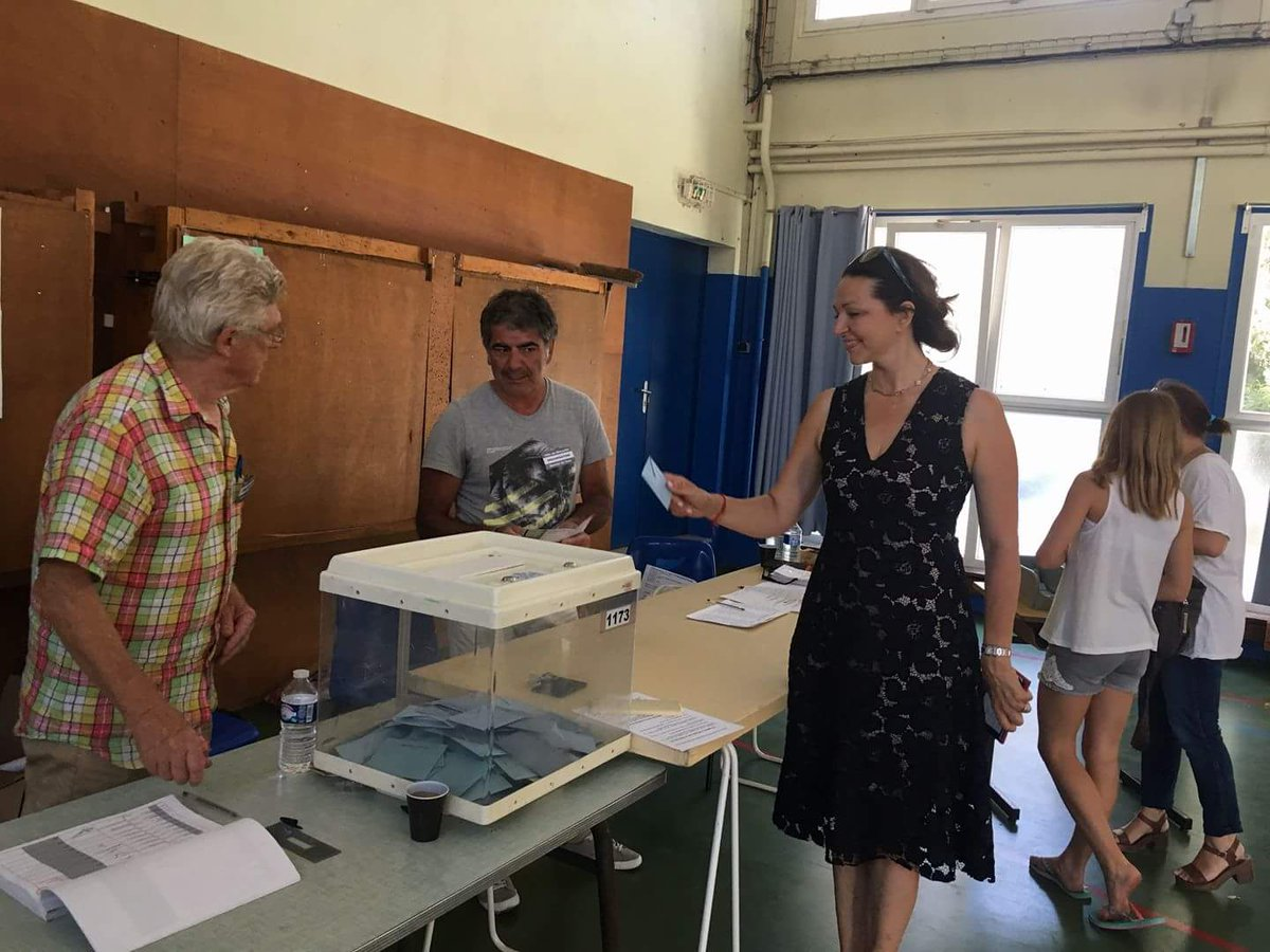 A voté ! Merci à nos teneurs de bureaux de vote pour le travail remarquable qu'ils font
