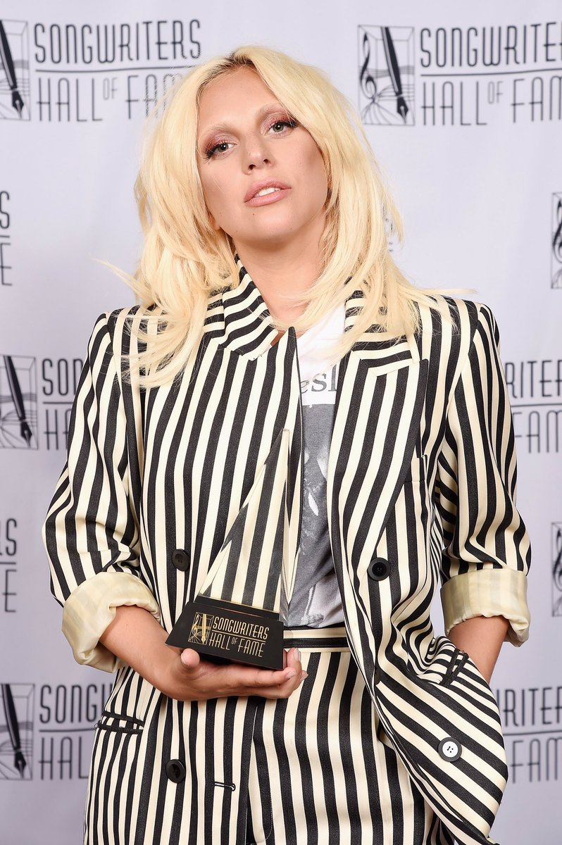 Two years ago, @ladygaga was honoured with the Songwriters Hall Of Fame's 1st EVER Contemporary Icon Award. Congrats #Gaga! #joanne pic.twitter.com/KSExmKqWM8