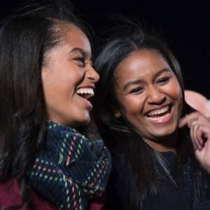 TheHill: Obama marks Father's Day: 'I&#39;m most proud to be Sasha and Malia&#39;s dad'... #Barack Obama  http:// rankstr.com/item/13744658/ tw &nbsp; … <br>http://pic.twitter.com/Y2JkA1VLsW