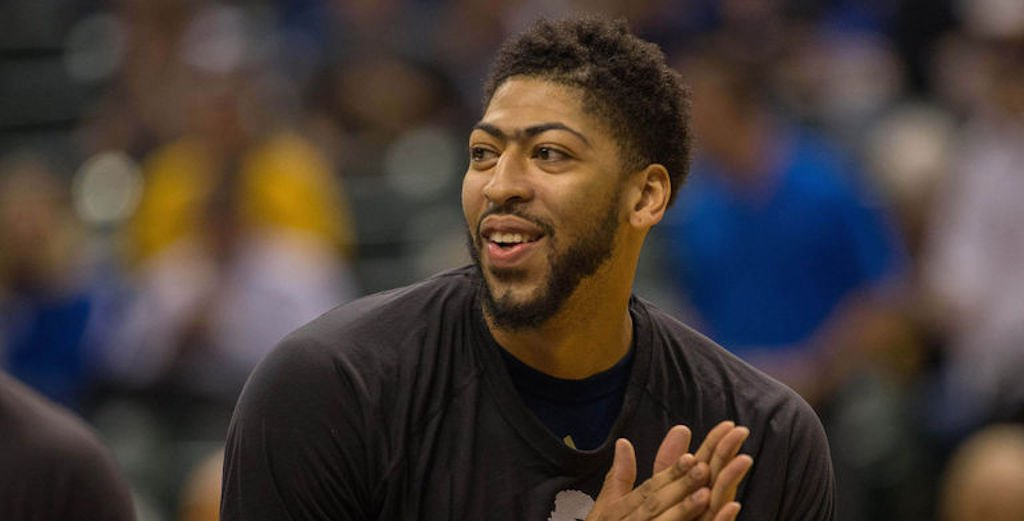 Celtics are reportedly trying to trade for Anthony Davis. 👀 https://t.co/SjwqOHIAVw