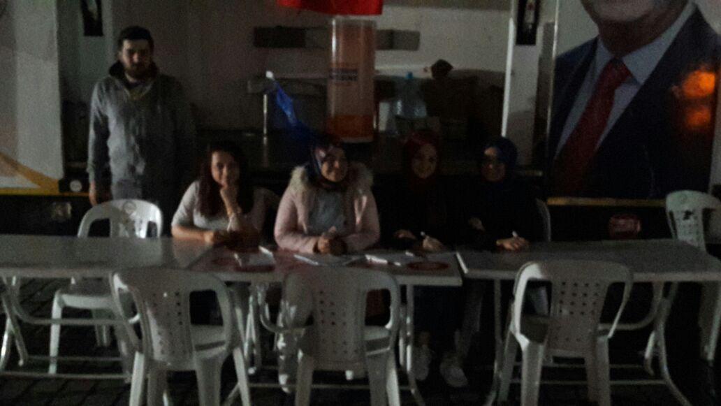 #AKgençFatih olarak Sultanahmet Meydanı'nda üye çalışmamıza devam ediy...