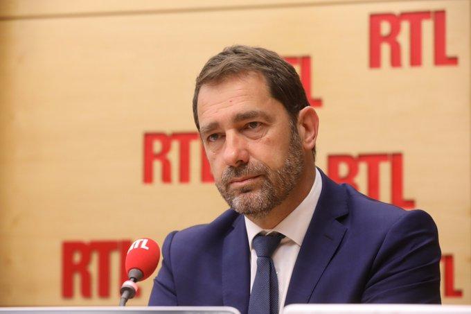 'Que Mélenchon se mette à travailler sérieusement plutôt que de critiquer, condamner et éructer', dit @CCastaner sur @RTLFrance
