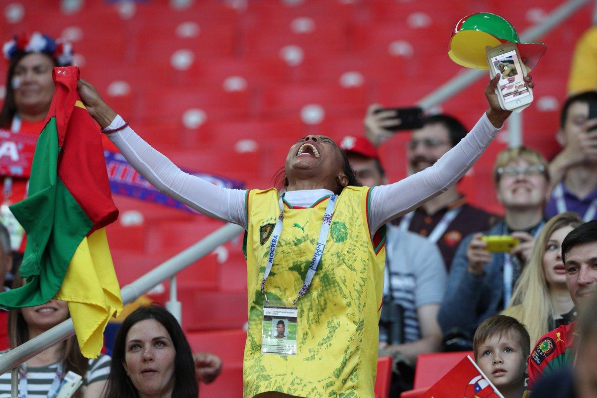 Болельщица сборной Камеруна прекрасно проводит время https://t.co/IYLgduqZt9