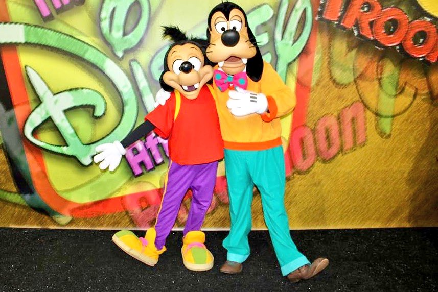 Happy Father&#39;s Day to all our Disney Dads! #FathersDayWeekend #happyFathersDay2017 #dad #goofy #max #disney #disneyworld<br>http://pic.twitter.com/KZrZX2NsrM