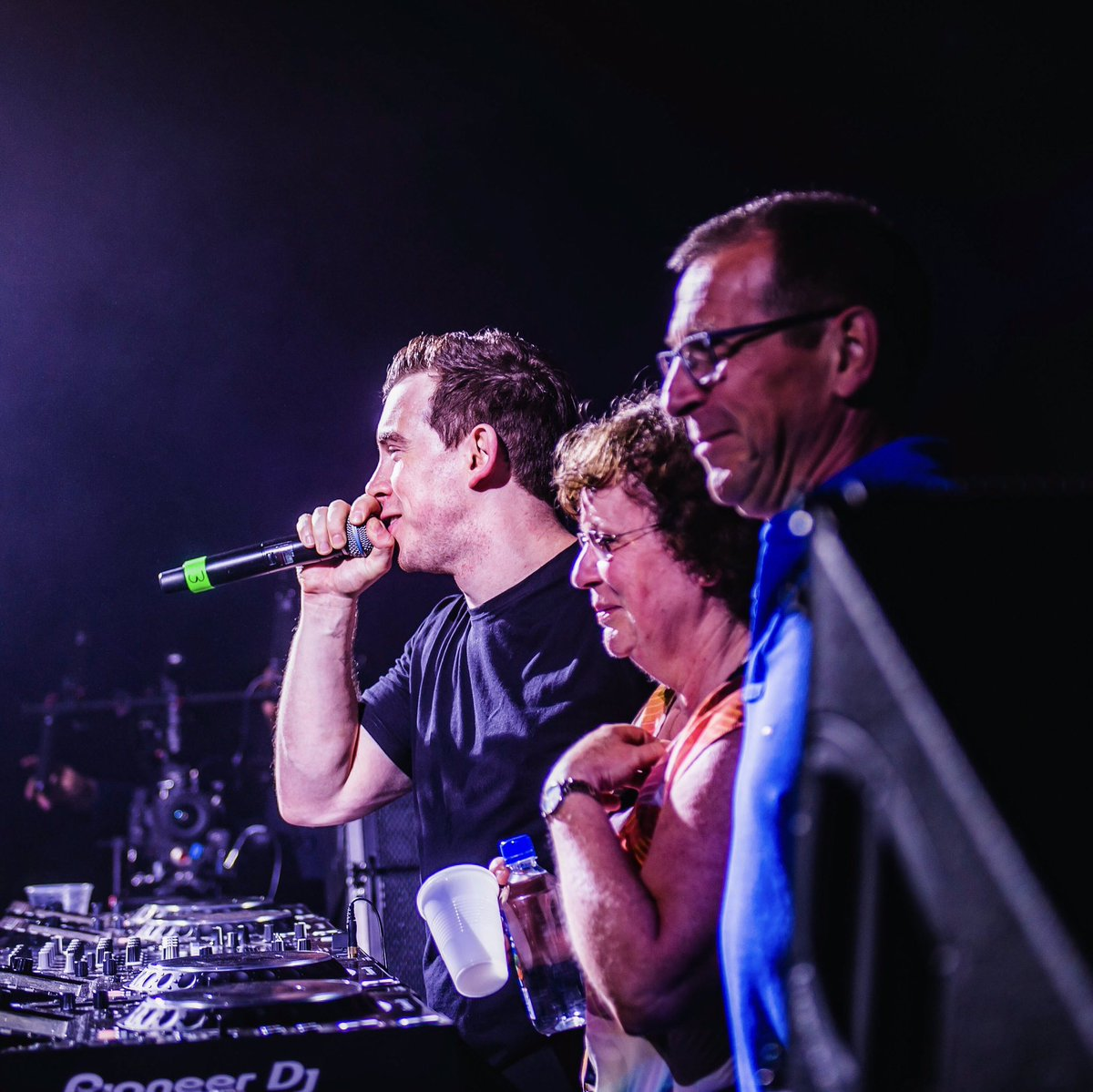 So much fun having my parents on stage last night in New York 🙌 https:...
