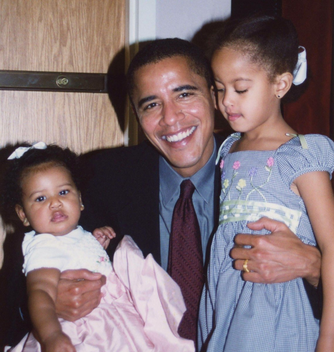 Happy Fathers Day to the daddy of them all #44.  #Barack Obama <br>http://pic.twitter.com/tz6iwFFhH3
