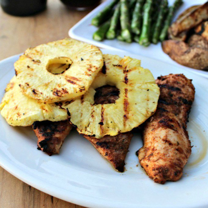 Grilled Jerk Chicken With Pineapple