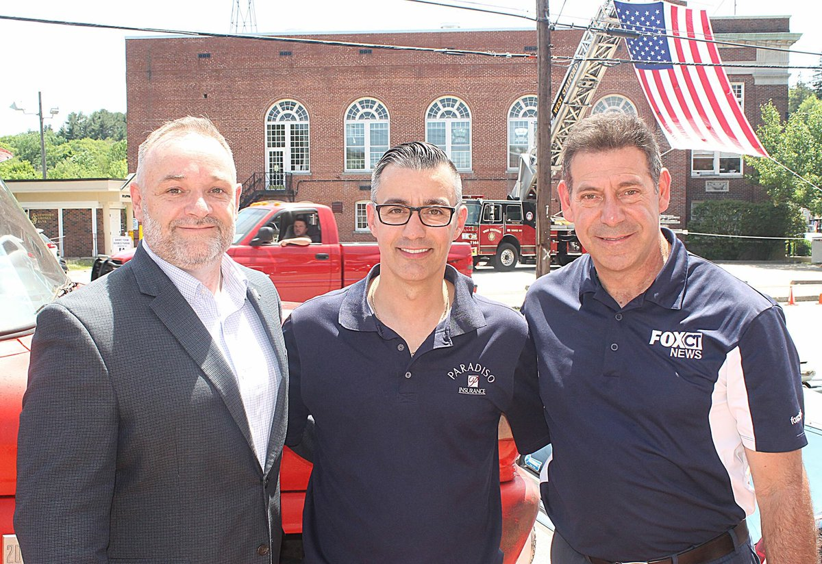 Amazing day thank you Rich @FOX61News and @KurtVail for an amazing day!! #flagsfromparadisoins #FlagDay <br>http://pic.twitter.com/reQYx1z3oX