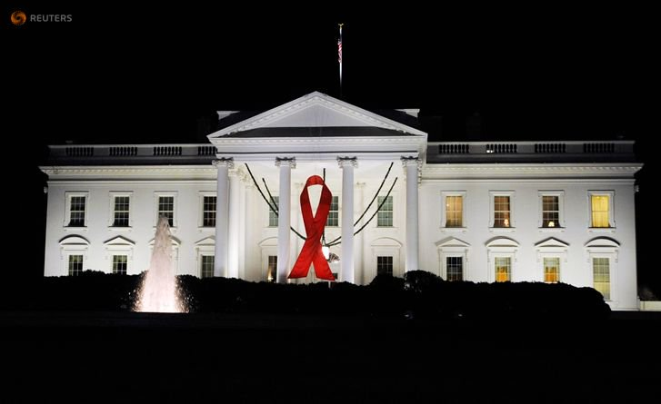 Six members of White House's HIV/AIDS council quit because President Trump 'simply does not care' https://t.co/ZKP4K3NrCs