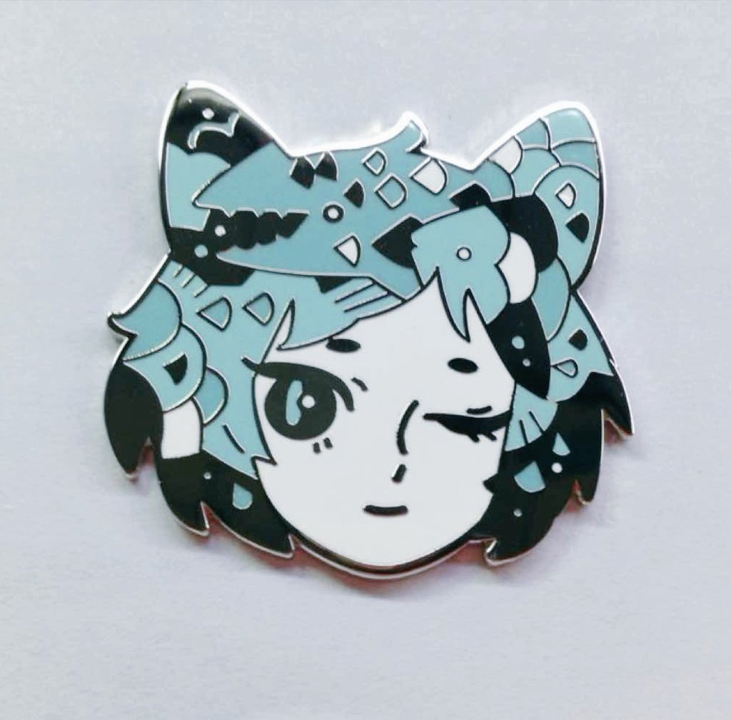Got some photos from manufacturer! New cat pins! 🌹 (available end of june/ early july)