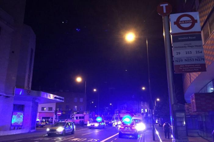 UPDATE: Muslim Council of Britain says on Twitter that a van has run over worshipers as they left London mosque https://t.co/DACSnH2PwJ