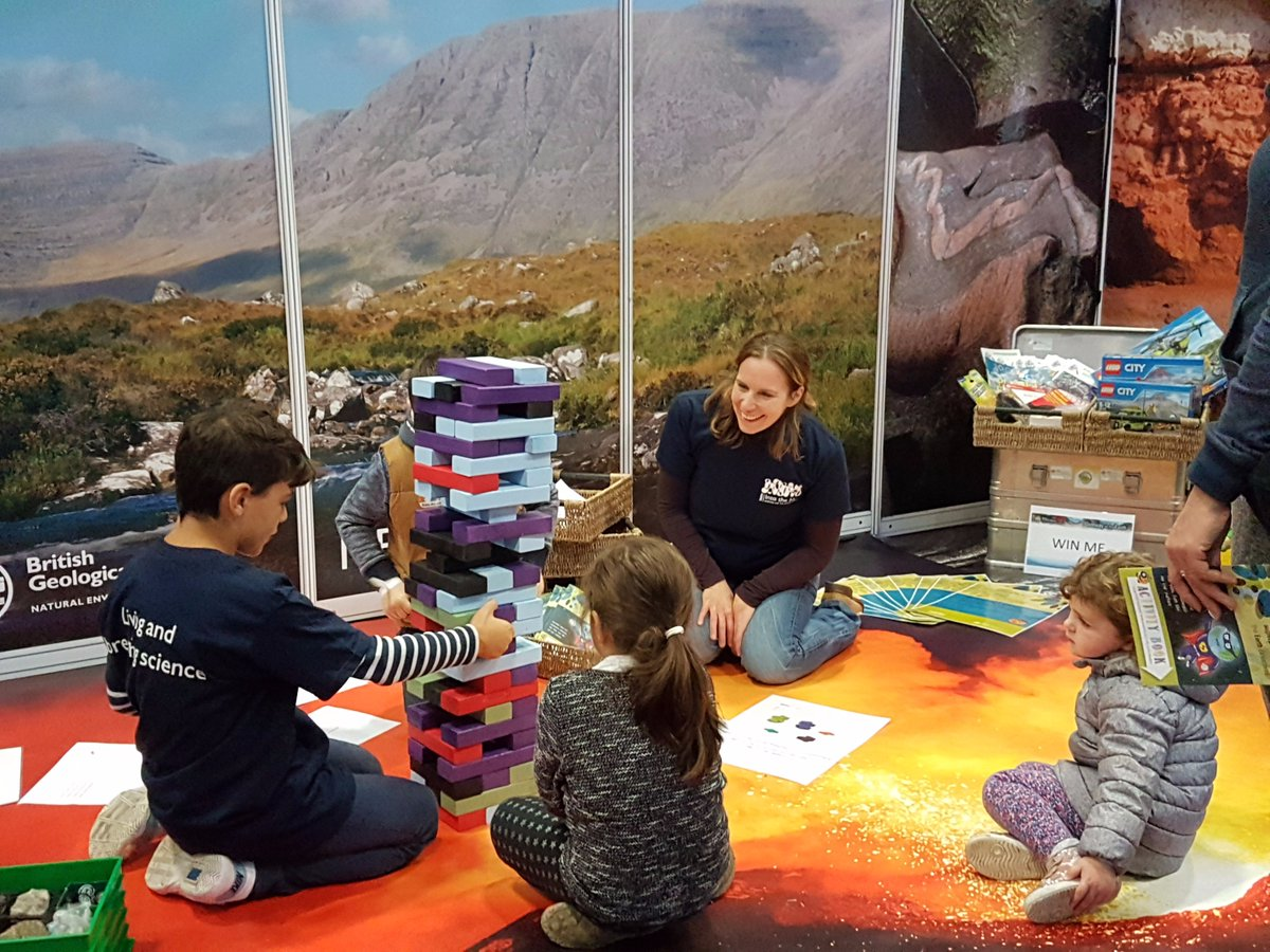 Call for exhibits and activities at #UnEarthed2017  http:// bit.ly/2sG2jy6  &nbsp;   #publicengagement #Edinburgh<br>http://pic.twitter.com/HPH6MU9LGn