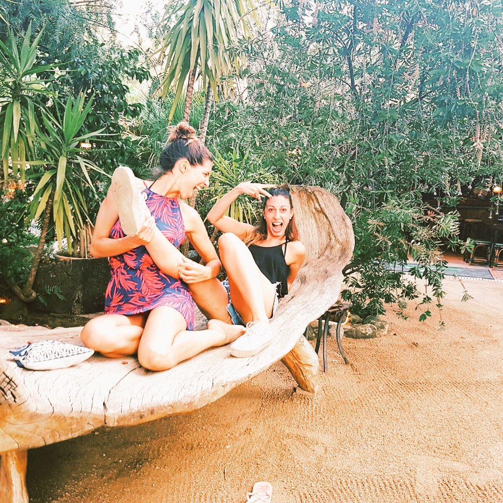 Girls just want To have fun  #fun #rockandroll #corse #friends<br>http://pic.twitter.com/KmZMZtNNz4