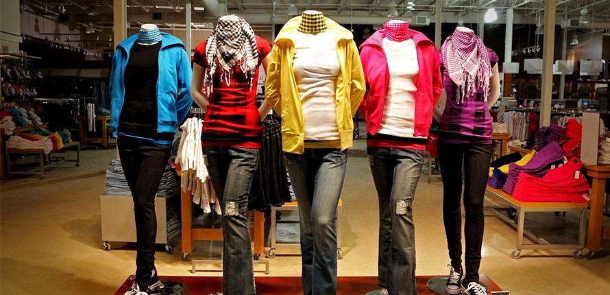 Which Apparel Retailers Will Survive? Operating Leases Provide Important Clues  http:// dlvr.it/PNLfXG  &nbsp;   #AEO #GES #ANF<br>http://pic.twitter.com/0r3pgKMw53