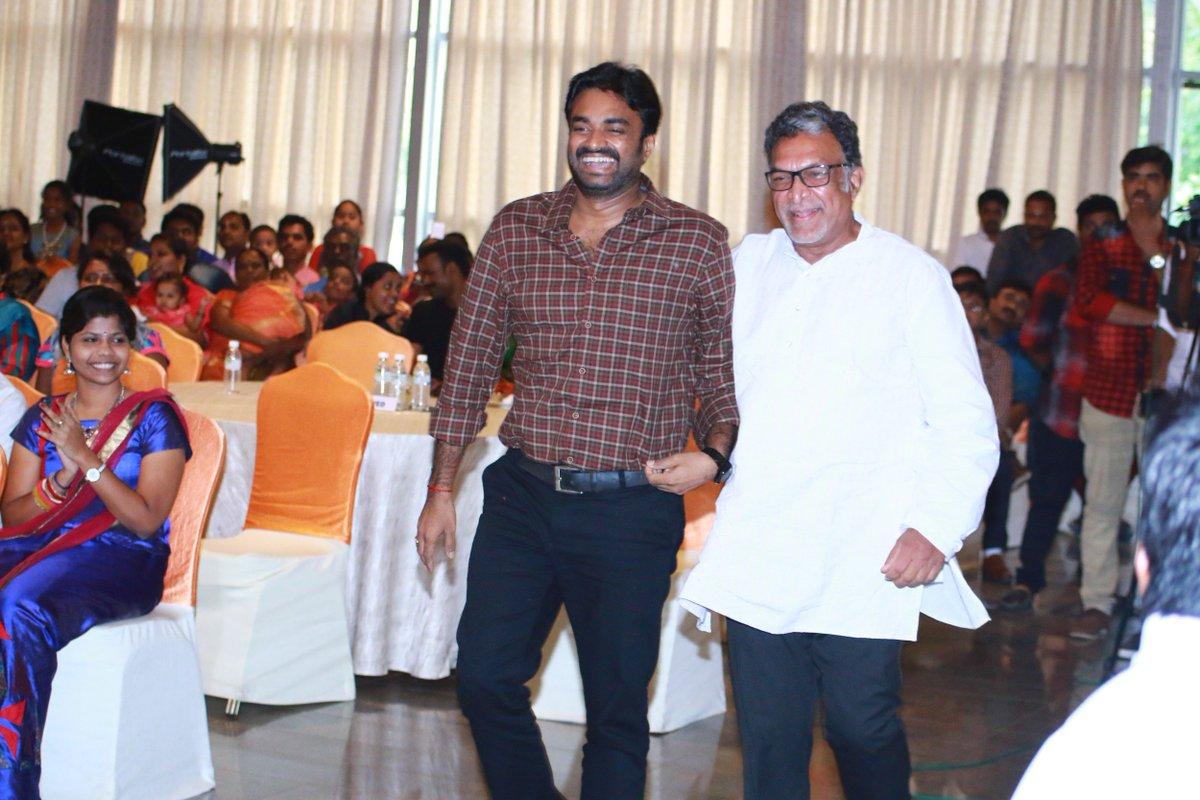 Wetalkiess On Twitter Actress Saranyaponvannan S Dsoft Designing School Of Fashion Technology Convocation 2017 At Chennai Actor Jayamravi Nasser Kameela Https T Co Jvcvlnh4ga