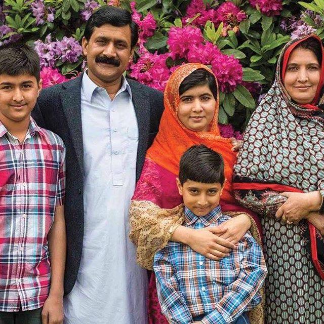 The greatest families... They are my inspiration .  #MalalaYousafzai  #MichelleObama <br>http://pic.twitter.com/6l2l4sLUwZ