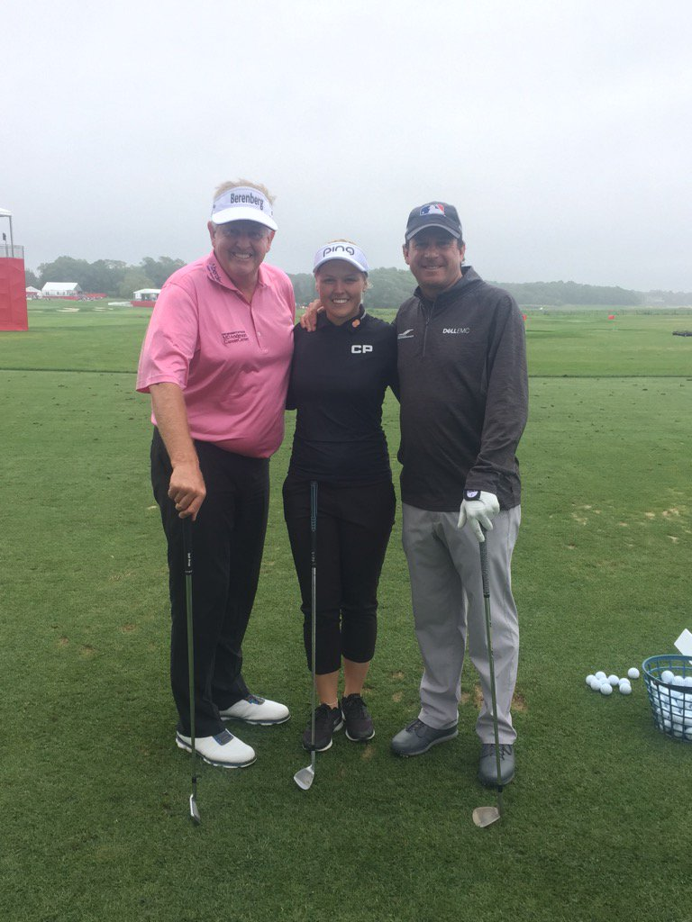 @CVSClassicGolf Got the @skechersGO team together @BrookeHenderson @mo...