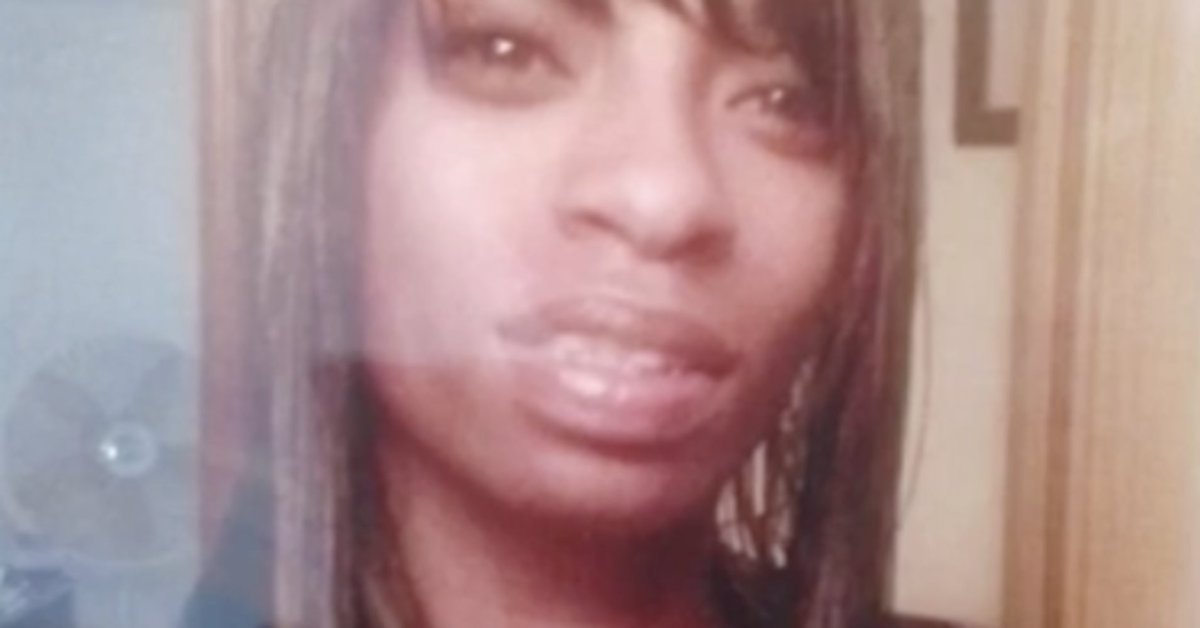 Seattle cops fatally shoot knife-wielding woman who called for help https://t.co/f5Cg4vYCZE #CharleenaLyles