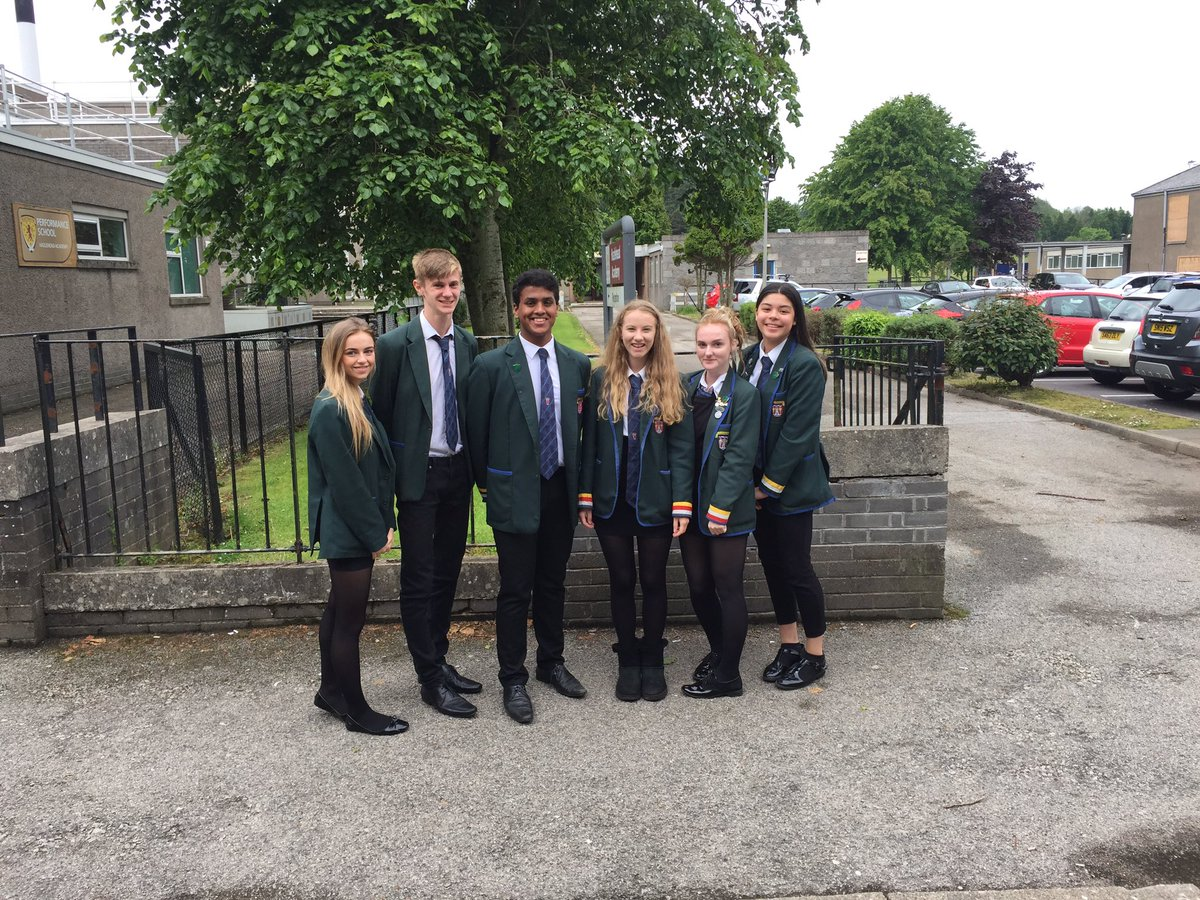 Congratulations to our new Senior Prefect team for 2017/18 Keira, Davis, Lydia, Kelsey, Michelle, Andy #ambition #confidence #respect<br>http://pic.twitter.com/oOZrcZkgZ2