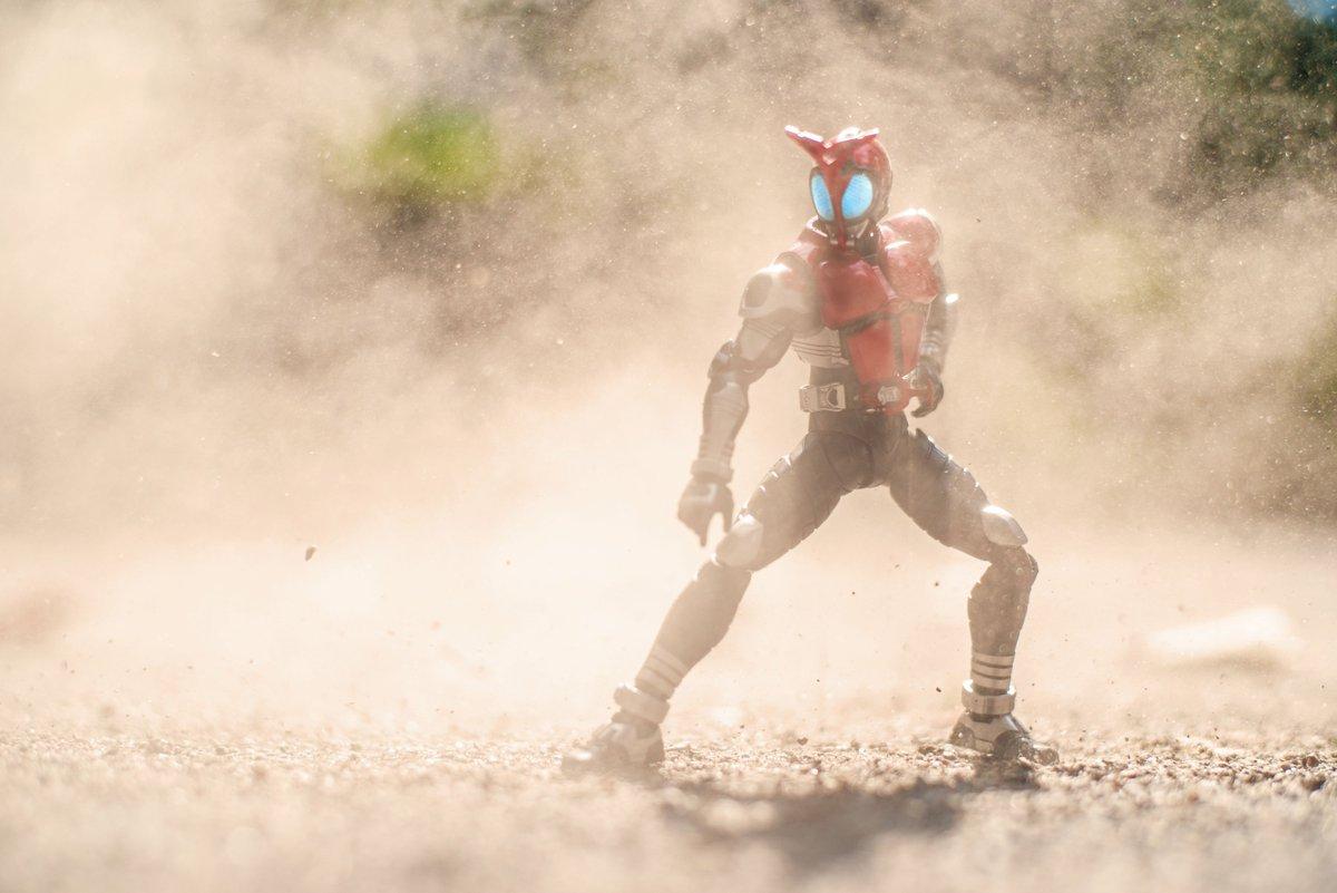 ここ数日、私の中でフィギュア撮影の産業革命が起きてる。 砂ってすごい。 #オモ写
