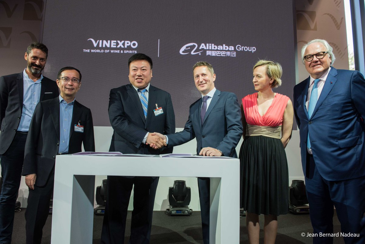 #Vinexpo Partners With #Tmall to Boost #China #Profile  http:// bit.ly/2sOtqYj  &nbsp;  <br>http://pic.twitter.com/rtIMLmxxFb
