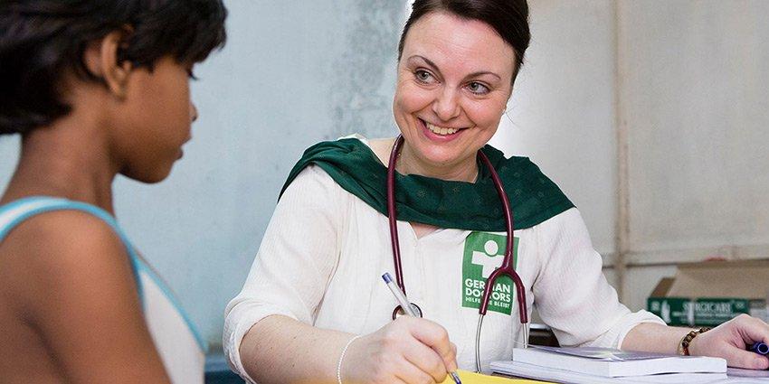 Schöner Radiobeitrag im Deutschlandfunk Nova über German Doctors-Ärztin Nathalie Rans. Viel Spaß beim anhören! https://t.co/DclhdSnIlD https://t.co/pz9WXPEbgk