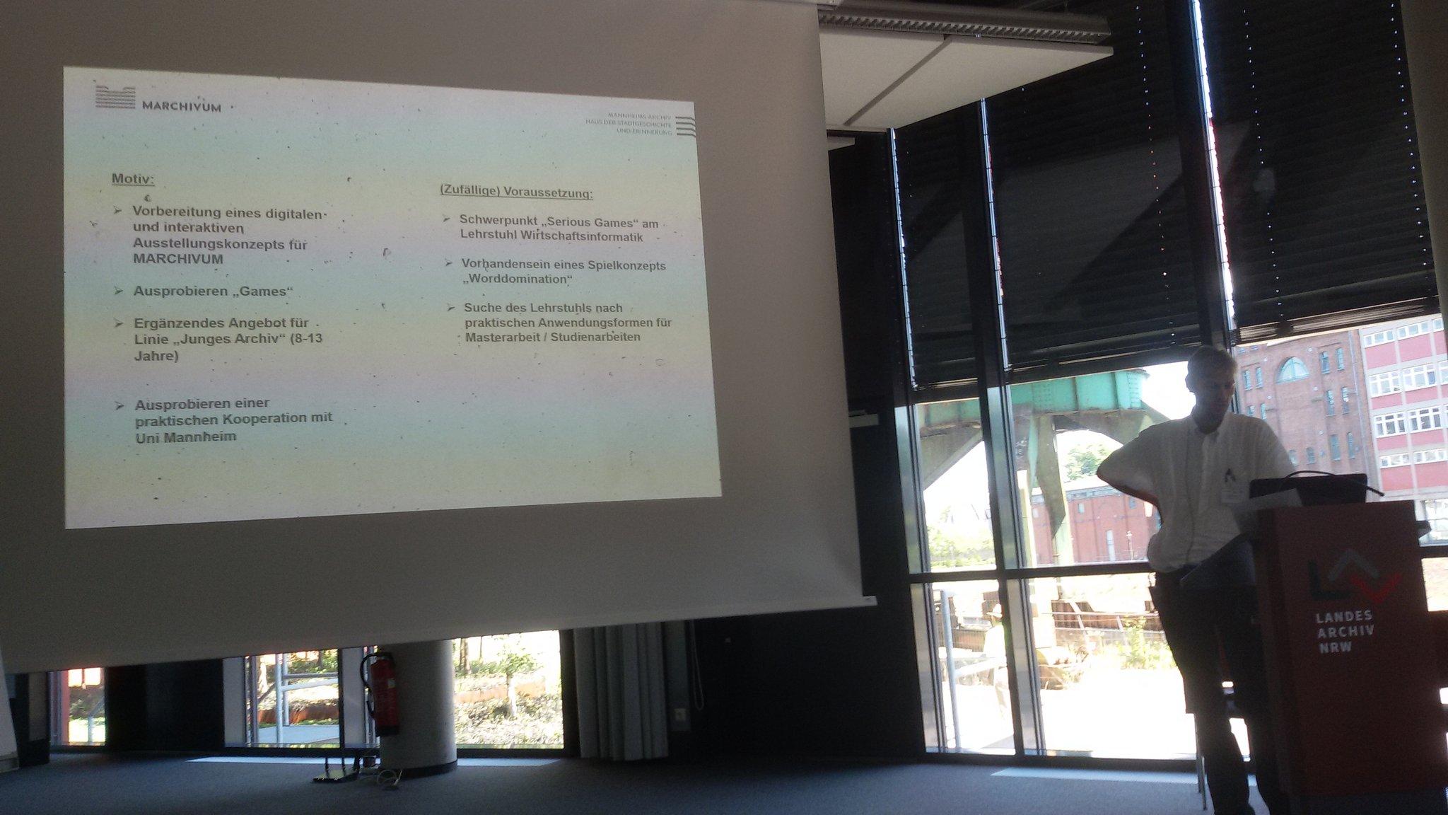 Gespannt auf die erste Sessionrunde beim #archivcamp - Mannheim im Jahr 1794 #archive20 https://t.co/v2UGAA9uk4