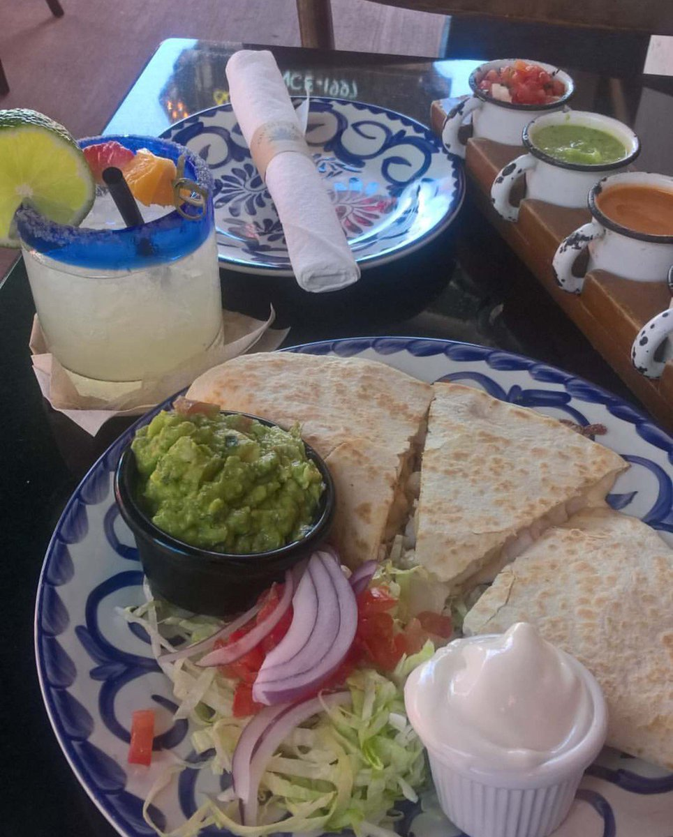 You can never go wrong with our #quesadillas! (@chihukalle) #foodie #ohmexico #mexican #mexicancuisine #cuisine #mexicanfood #food<br>http://pic.twitter.com/f3YtFT31rD