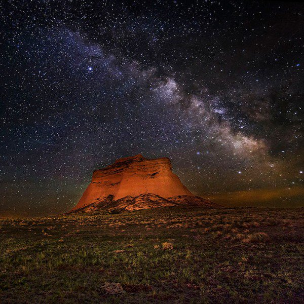 How cool do these look?! Trails to Hike After Dark @outsidemagazine https://t.co/EuAdOJqosh https://t.co/nXCO4T0h35