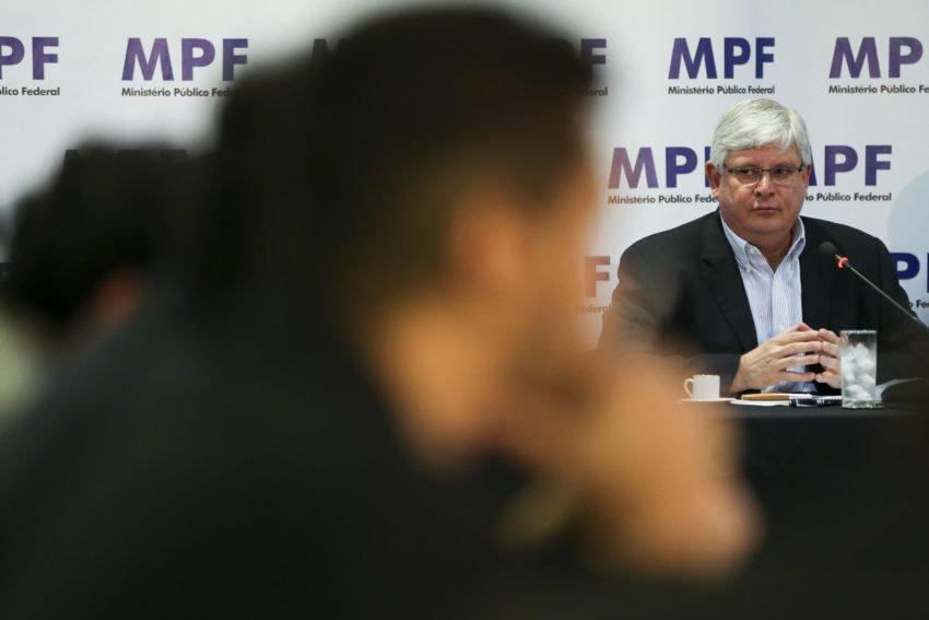 O jogo de intrigas nas eleições para PGR, por Luis Nassif https://t.co/0NK8ZiArgU