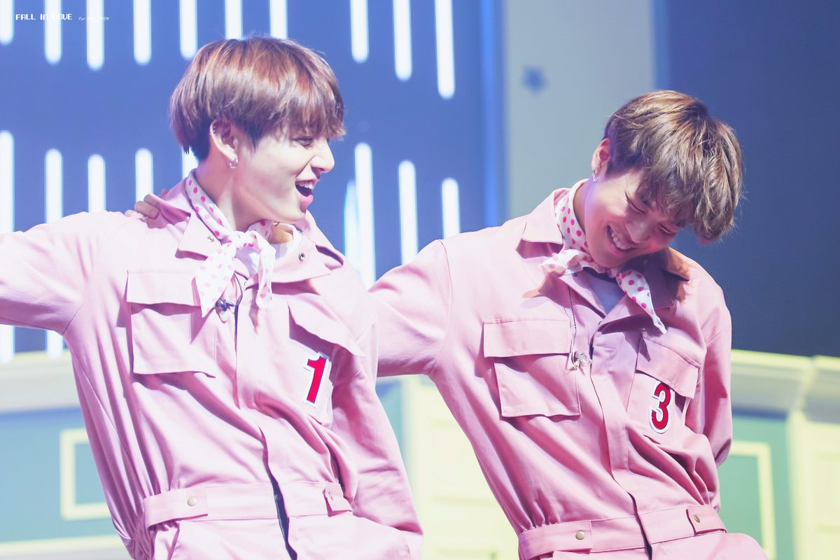 """haruna army on twitter: """"#bts #jungkook #jimin with pink t-shirt"""