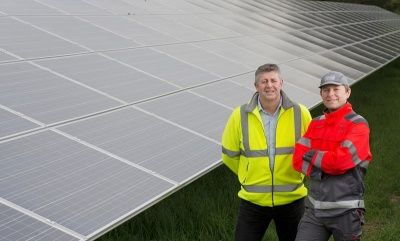 Coca-Cola commits to renewable #energy in UK operations. #CocaCola #GreenEnergy  http:// buff.ly/2sepUpk  &nbsp;  <br>http://pic.twitter.com/Dj02wR8ikt