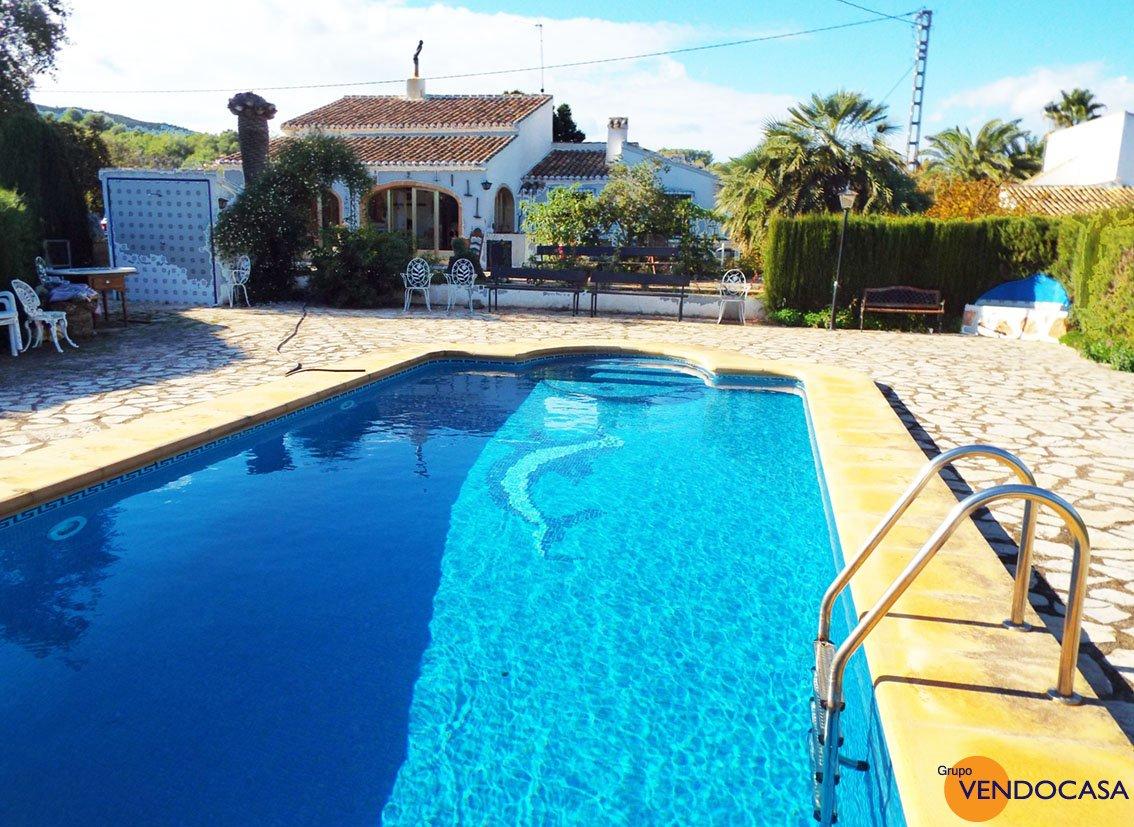 Countryhouse with a huge plot - FOR SALE €499,000 #Javea / Xabia #Villa  http://www. vendocasajavea.com/property/VDJ%2 0609/Countryhouse+with+a+huge+plot+kate &nbsp; … <br>http://pic.twitter.com/HJE7asPEfj