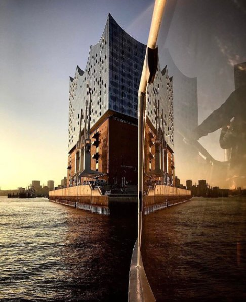 Boat trip with a view. #elbphilharmonie ___ #picoftheweek by @lichtergramm.<br>http://pic.twitter.com/azqJjxaTcC