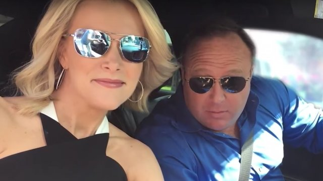 Megyn Kelly's Alex Jones interview ratings flop, tie for third with 'America's Funniest Home Videos' https://t.co/JcOrdEYlei