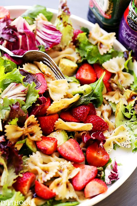 Strawberry Avocado Pasta Salad with Balsamic Glaze Recipe