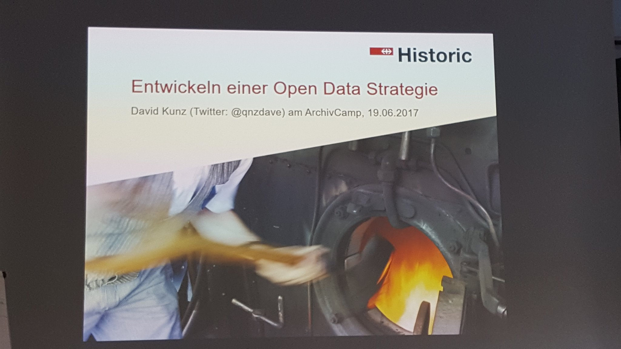 Session III #archivcamp : Open Data in #businessarchives. David Kunz #SBB https://t.co/0NRnbxqO1g
