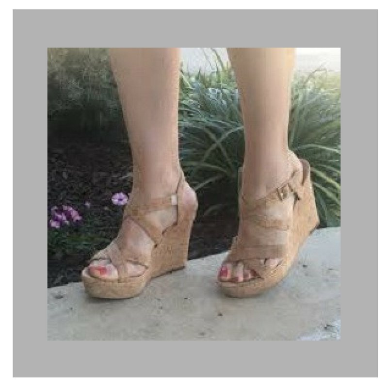 Better for your feet, better for the planet. #TheCorkHouse #Cork #EcoFriendly #GoGreen #ThinkGreen #SustainableFashion #Fashion #EcoFashion<br>http://pic.twitter.com/5DJYBKb58g