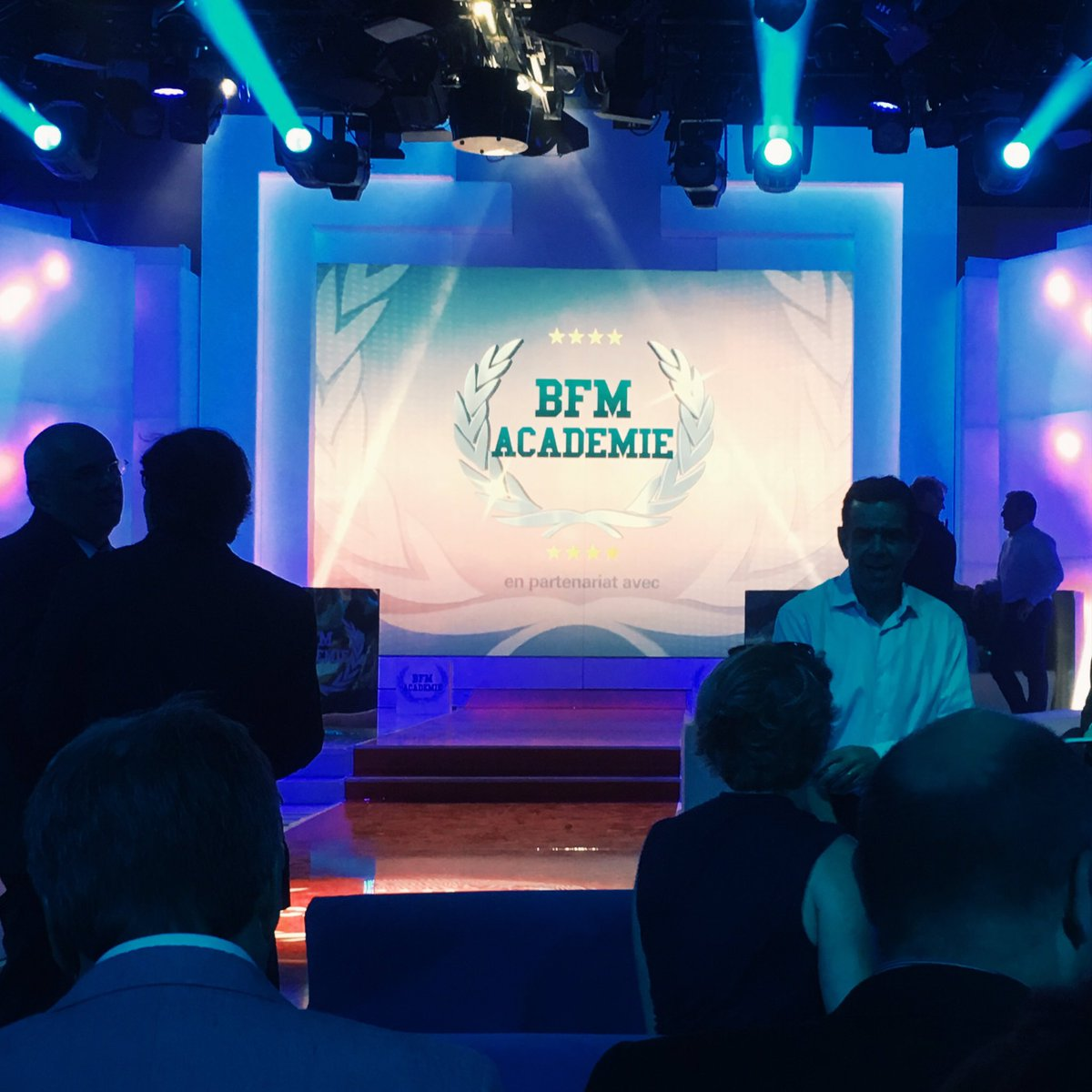 #BFMAcademie warm up...@StudioGabriel #BFM #lafinale<br>http://pic.twitter.com/Sf4LxwaWPK